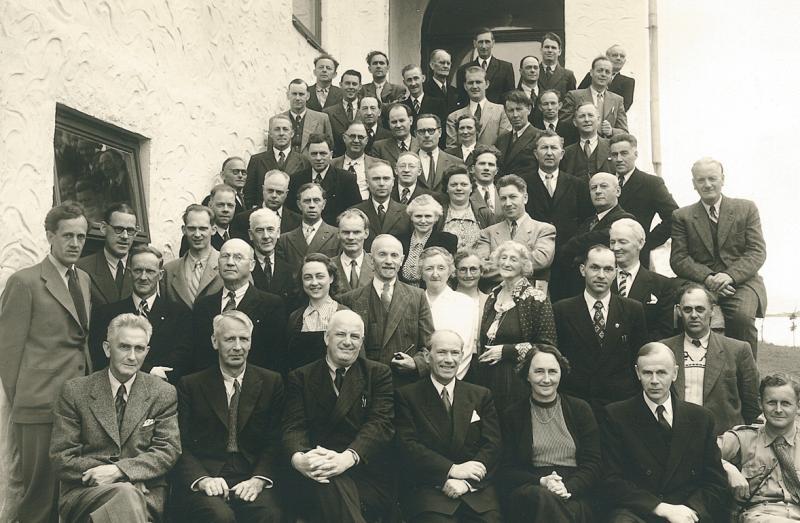 Fra sogekurset på Trondarnes Folkehøgskule i 1952.